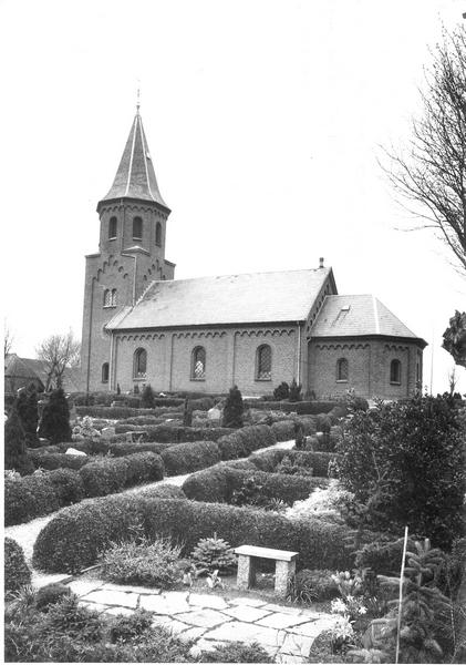 Kirken set fra syd øst 2